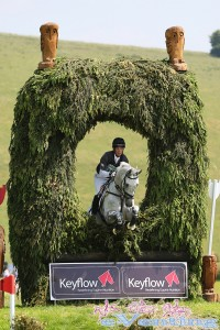 Chris King riding Billy Bounce jumping through the owl hole on route to winning CIC** section D