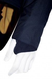 Fleece inner cuff with clever thumbhole